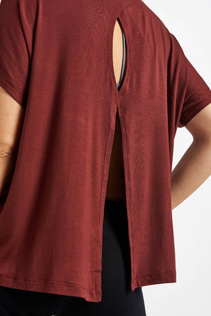 Beyond Yoga Split Keyhole Back Tee - Red Rock image 3 - The Sports Edit