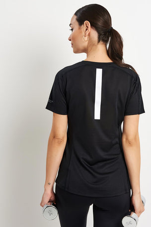 Calvin Klein Performance T-shirt - Black image 2 - The Sports Edit
