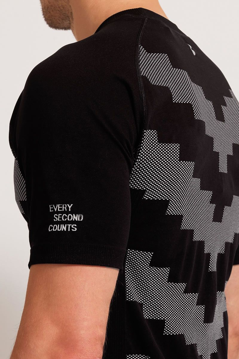 Every Second Counts Warrior Tee Black image 3 - The Sports Edit