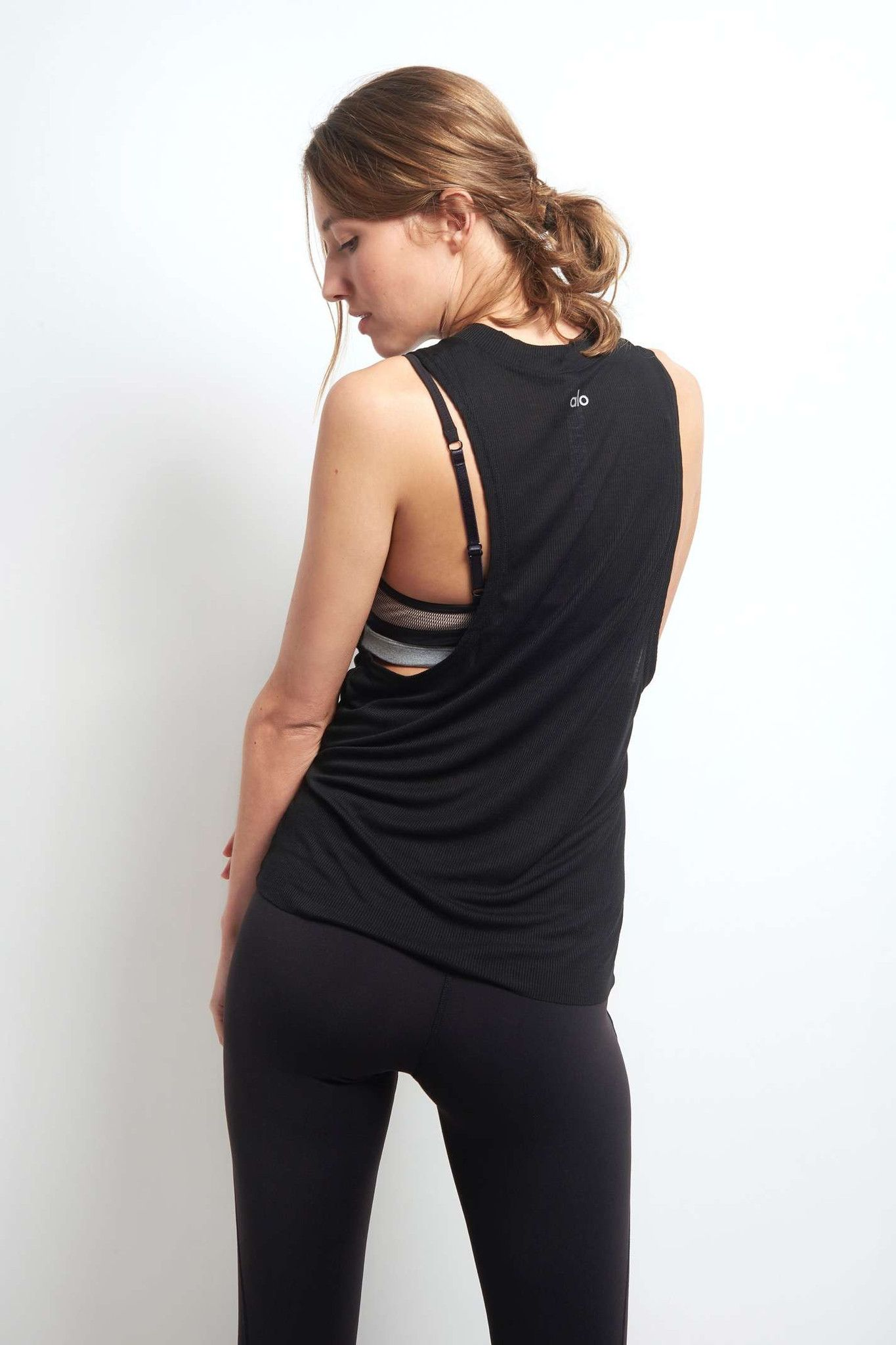 Alo Yoga Heat Wave Tank - Black image 3 - The Sports Edit