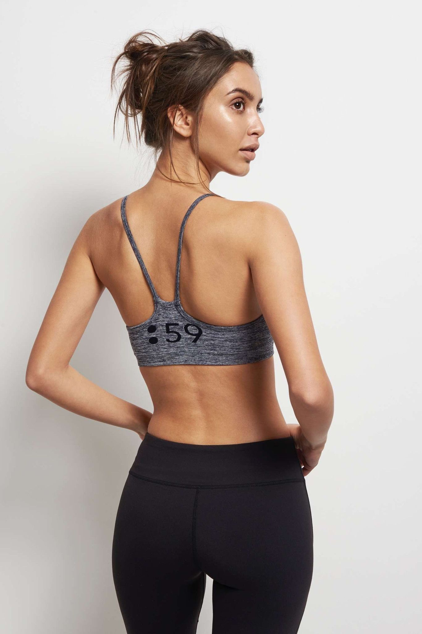 Splits59 Loren Seamless Bra Dark Denim image 2 - The Sports Edit