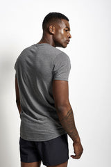Under Armour UA Streaker V Neck Carbon Heather image 3 - The Sports Edit
