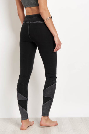 Free People Movement Kyoto Legging Washed Black image 2 - The Sports Edit