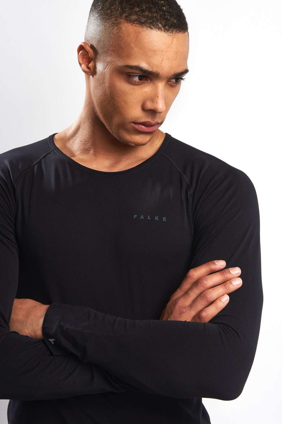 Falke Long-sleeved Comfort Shirt - Black image 3 - The Sports Edit