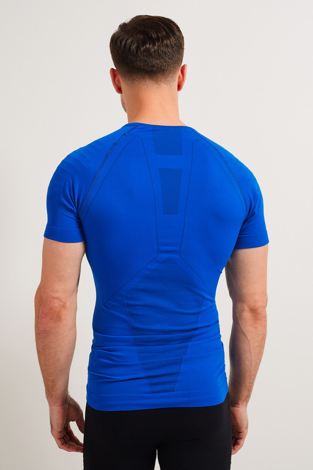 Falke Athletic Short Sleeve T-Shirt image 3 - The Sports Edit