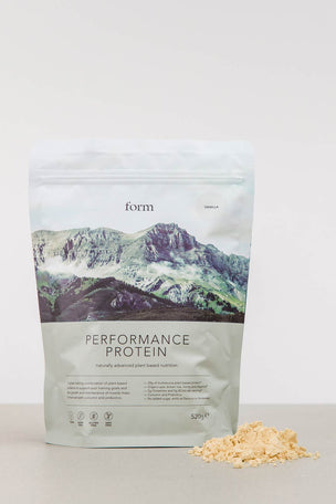 Form Nutrition Performance Protein - Vanilla image 3 - The Sports Edit