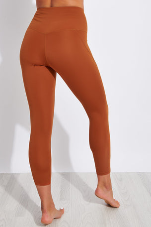 Girlfriend Collective Compressive High Waisted 7/8 Legging - Trail image 4 - The Sports Edit