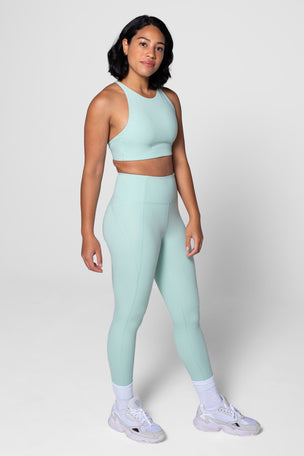 Girlfriend Collective Compressive High Waisted 7/8 Legging - Foam image 5 - The Sports Edit
