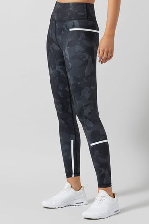 Lilybod Charlie Printed Camo Tech Legging - Camo Jet image 4 - The Sports Edit