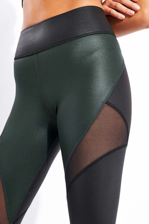 Michi Inversion Rise Legging - Black/Forest image 4 - The Sports Edit