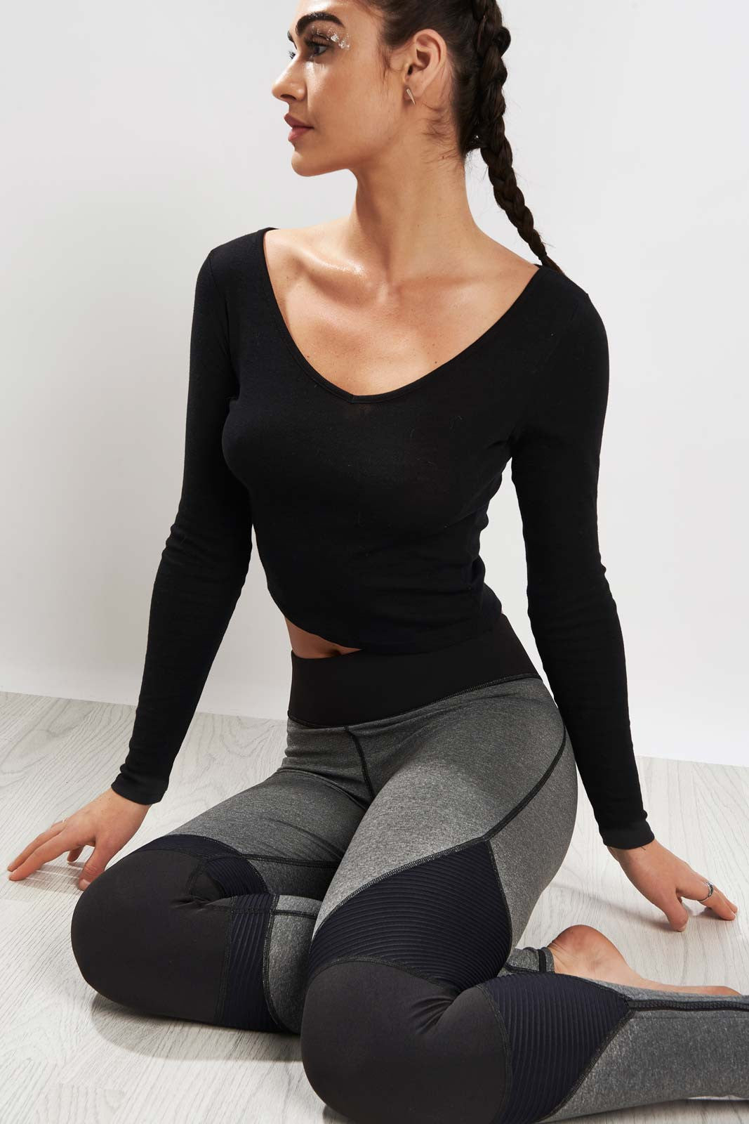 Michi Moto Zip Legging Grey/Black image 3 - The Sports Edit