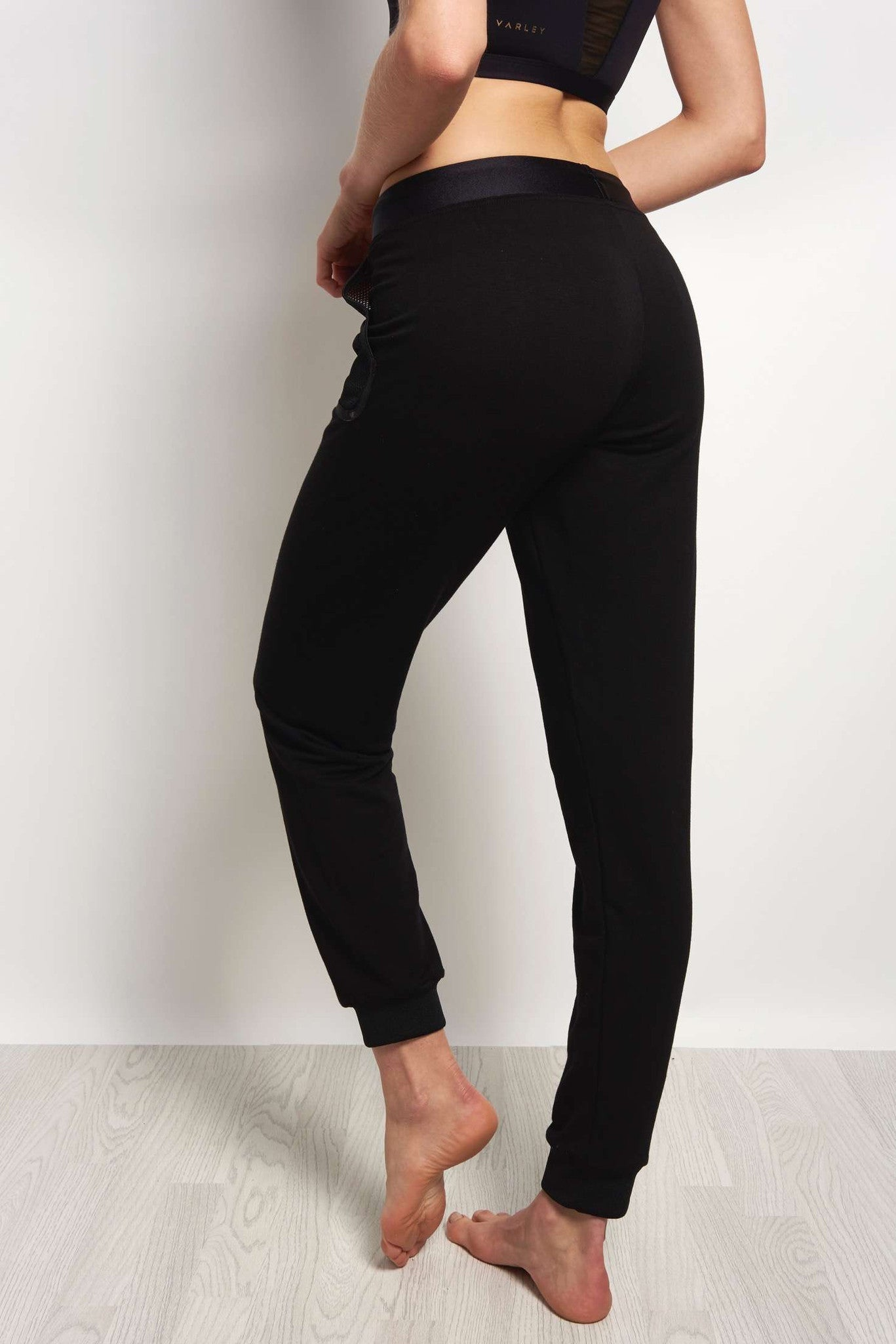 MONREAL Cosy Sweatpants - Black image 2 - The Sports Edit