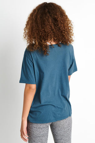 Monrow Oversized Crew - Vintage Blue image 3 - The Sports Edit
