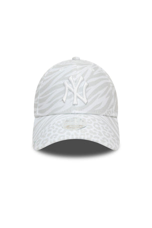 New Era New York Yankees Fashion Fabric 9FORTY Women's Cap - Grey image 2 - The Sports Edit