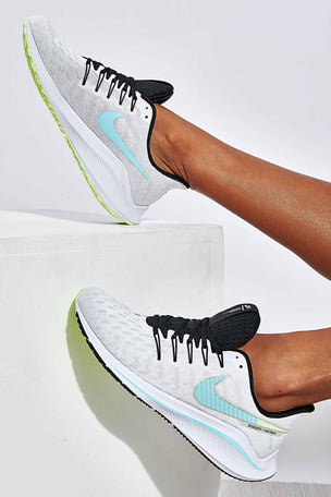 Nike Air Zoom Vomero 14 - White/Black | Women's image 4 - The Sports Edit