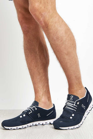 ON Running Cloud Navy/White | Men's image 4 - The Sports Edit
