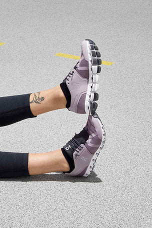 ON Running Cloud - Lilac/Black | Women's image 8 - The Sports Edit
