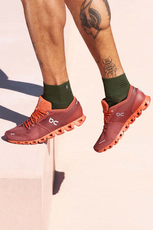 ON Running Cloud X - Sienna/Rust | Men's image 3 - The Sports Edit