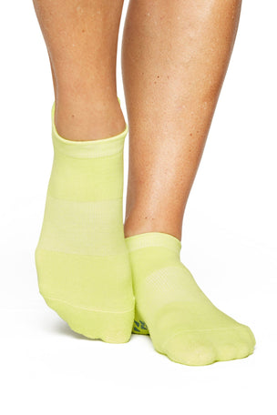 Pointe Studio Union Full Foot - Green Glow image 1 - The Sports Edit