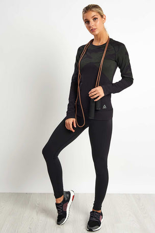 Reebok Thermowarm Seamless Long Sleeve image 4 - The Sports Edit