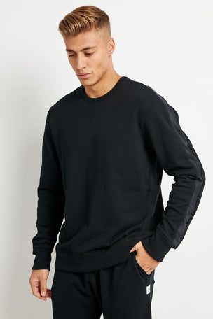 Reigning Champ Fight Night Crewneck - Midweight Terry image 1 - The Sports Edit