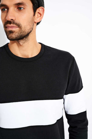 Reigning Champ Rugby Crewneck - Black image 4 - The Sports Edit