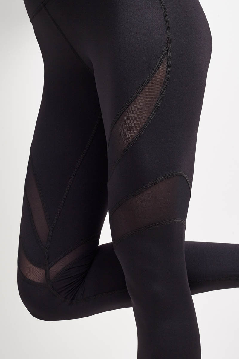 Michi Psyche Legging - Black image 3 - The Sports Edit