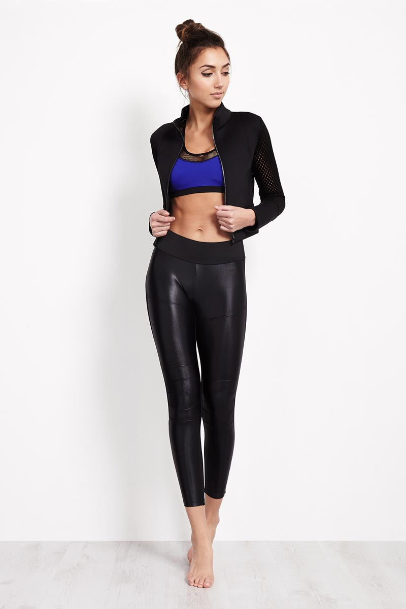 Alo Yoga Shell Jacket image 2 - The Sports Edit