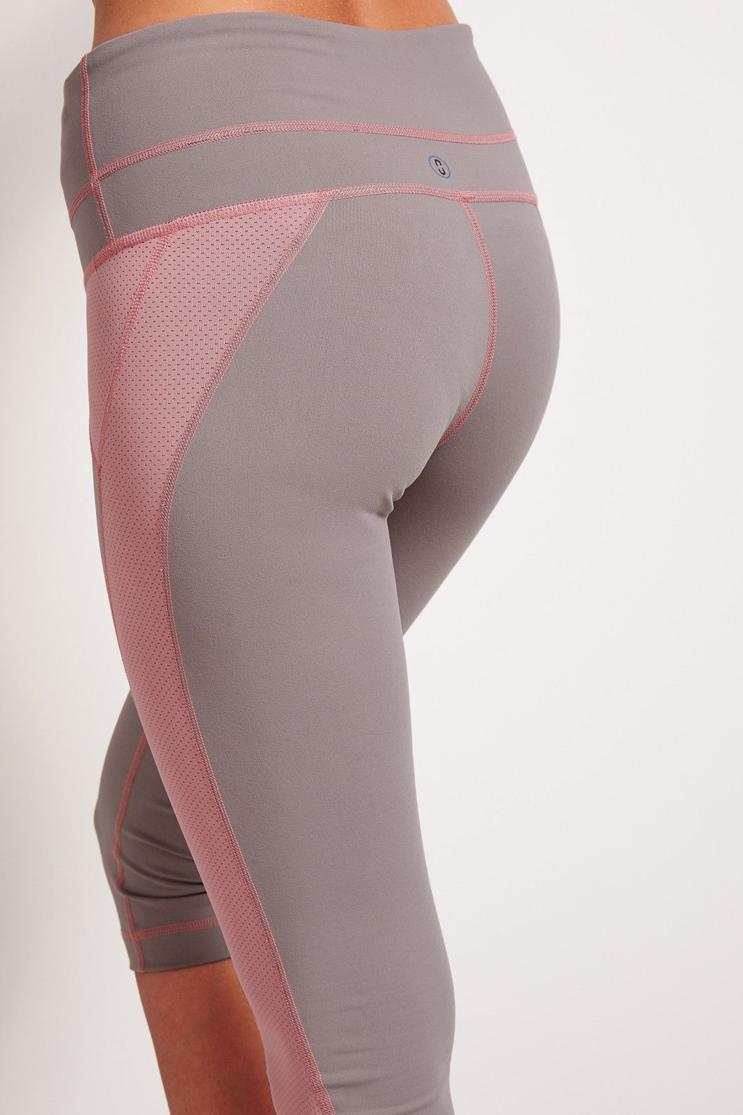 SALT Arc Yoga Capri Zinc image 3 - The Sports Edit