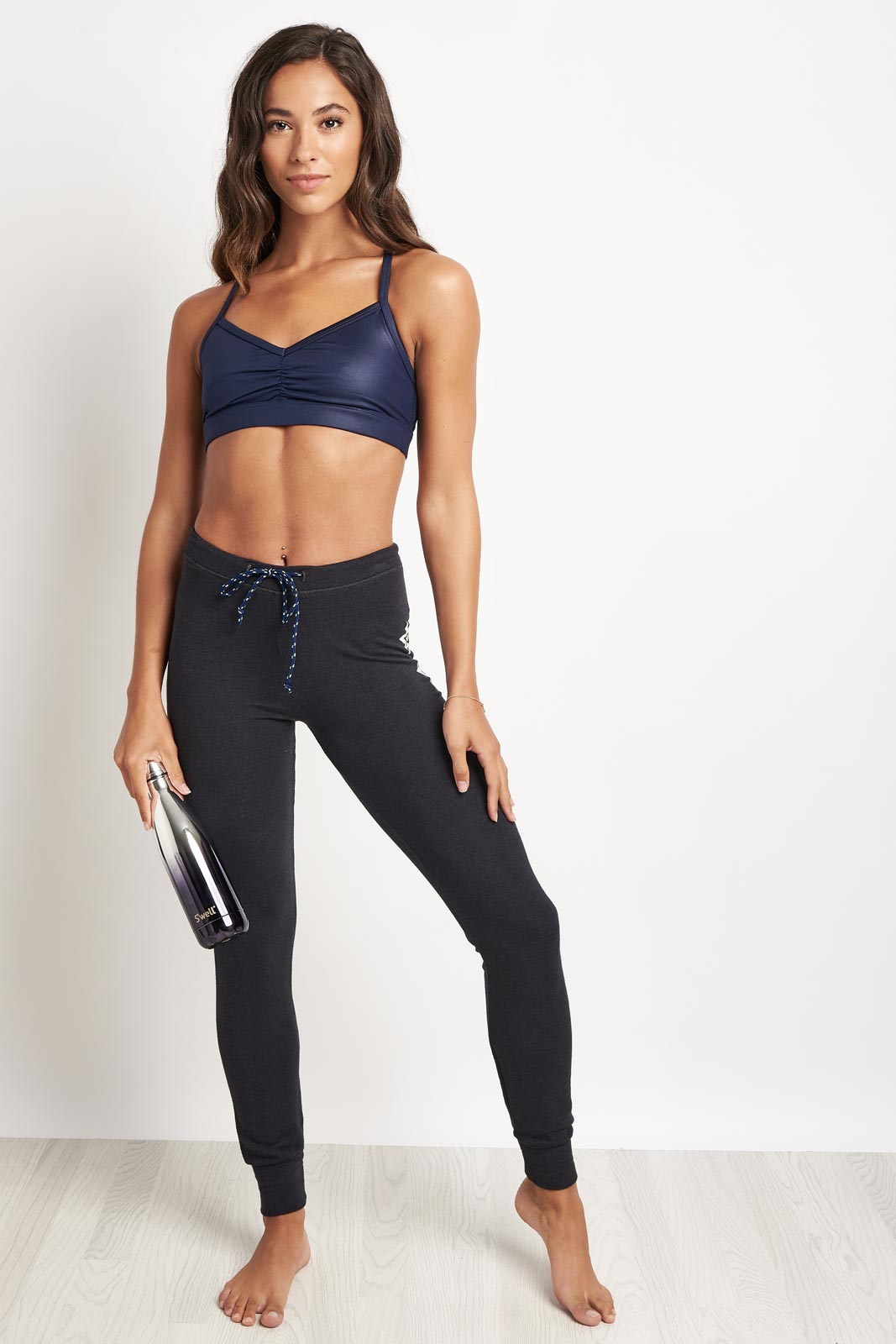 Sundry Stars Skinny Pant image 4 - The Sports Edit