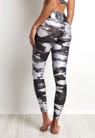 Terez Heather Grey Camo Legging image 2 - The Sports Edit