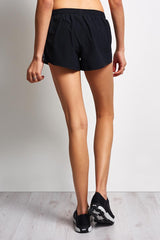 Under Armour Accelerate Short - Black image 2 - The Sports Edit