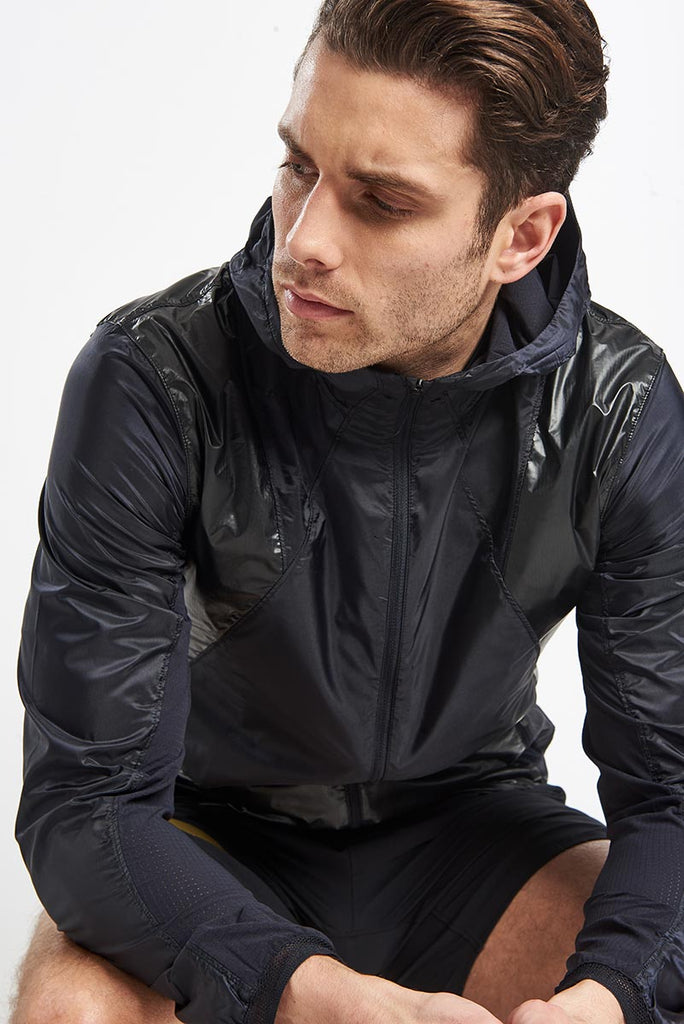 buy online a9c8b 6df37 Under Armour Perpetual Full Zip Jacket - Black Gold image 3 - The Sports  Edit