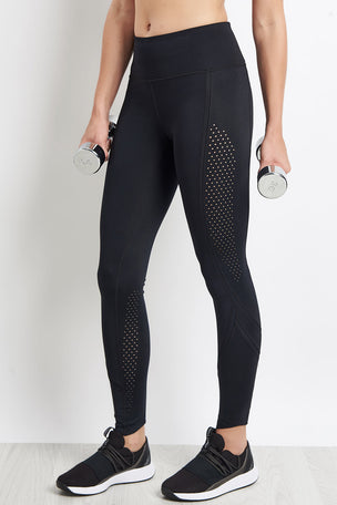 Under Armour Breathelux Legging - Black image 1 - The Sports Edit