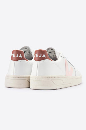 Veja V-10 Extra White Petale Dried Petal - Women's image 3 - The Sports Edit
