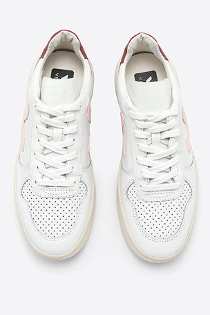 Veja V-10 Extra White Petale Dried Petal - Women's image 4 - The Sports Edit