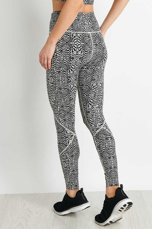 Varley Bedford Legging - Feather Fragments image 2 - The Sports Edit