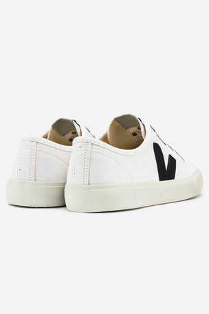 Veja Wata White Black - Women's image 3 - The Sports Edit