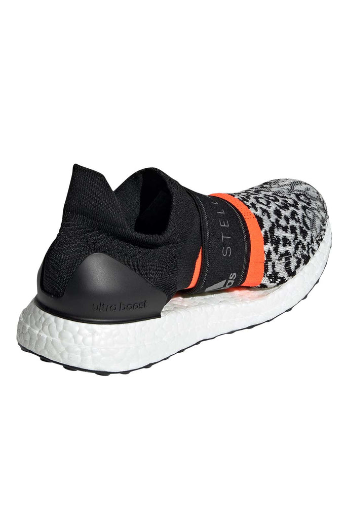 d9274f04bdb8 adidas X Stella McCartney Ultraboost X 3D Shoes - Black/White/Red image 2