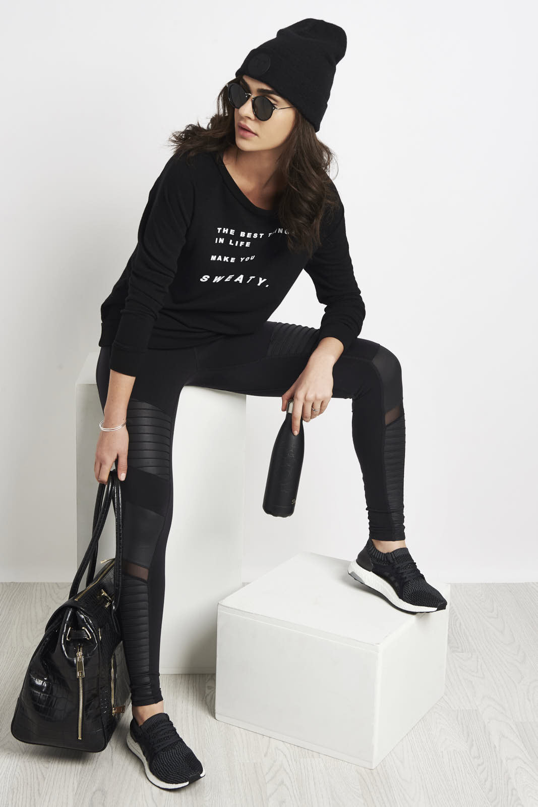 good hYOUman Jordie best things in life pullover image 4 - The Sports Edit