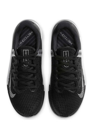 Nike Metcon 6 Shoes - Black/Metallic Silver | Women's image 5 - The Sports Edit