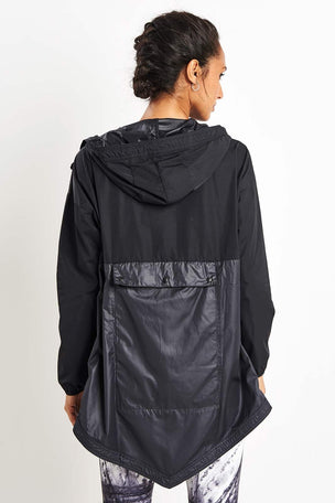 Reebok Training Supply Jacket - Black image 2 - The Sports Edit
