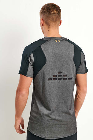 Under Armour Perpetual Fitted Short Sleeve Tee Black image 3 - The Sports Edit