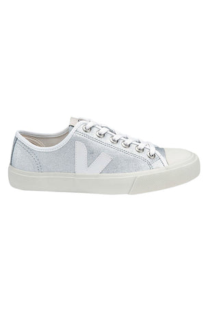 Veja Wata Canvas | Silver White | Women's image 1 - The Sports Edit