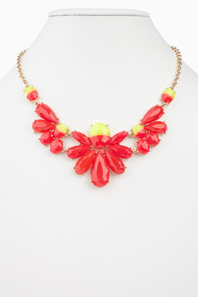 FUCHSIA FADED FLORAL JEWEL STATEMENT NECKLACE/EARRING SET