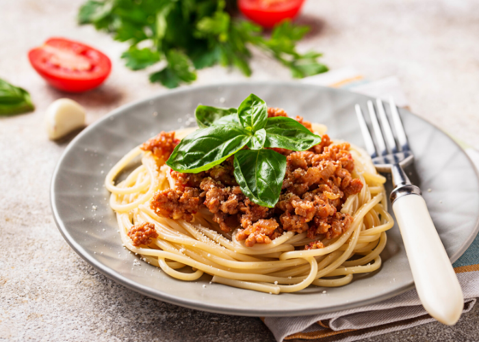 Pasta with Turkey Ragu