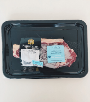 Load image into Gallery viewer, A pack of hormone and antibiotic free Organic Aberdeen Angus Beef Sirloin Steak - 250g