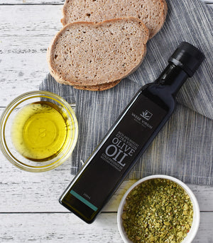 Load image into Gallery viewer, Vasse Virgin Rich & Robust Cold Pressed Extra Virgin Olive Oil