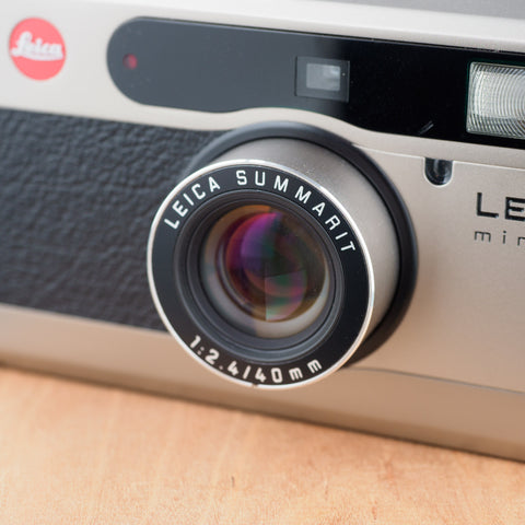 Leica Minilux (Summarit 40mm f/2.4)