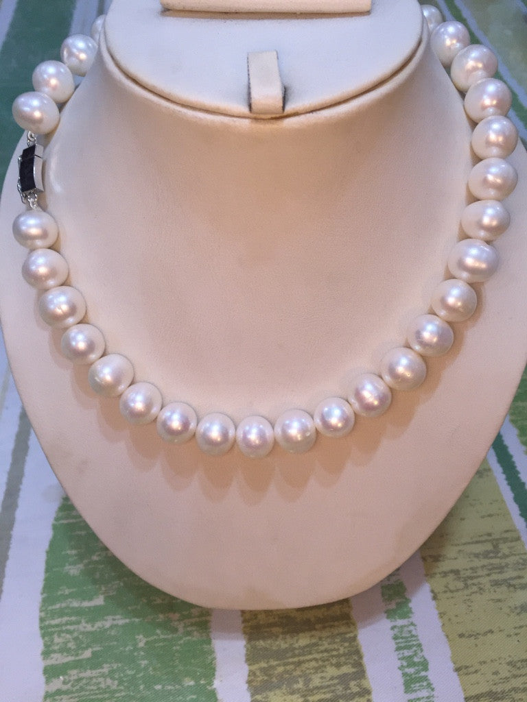 Single Strand White Fresh Water Big Pearls Necklace